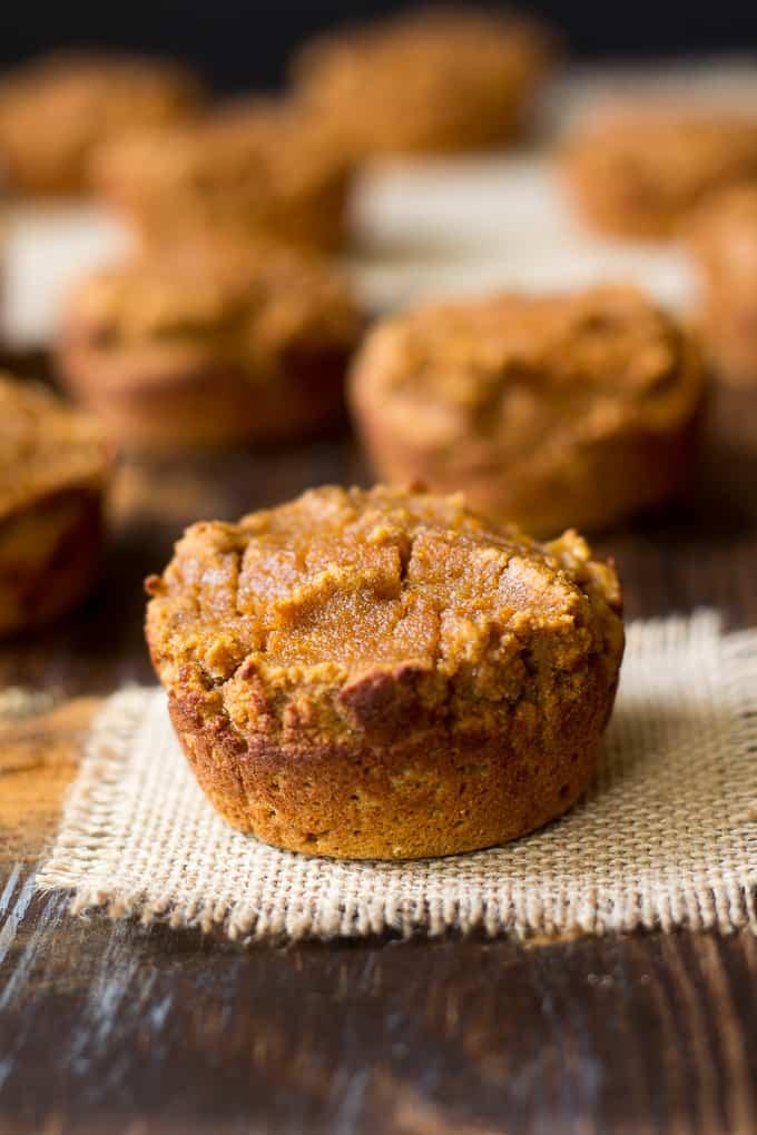 honey pumpkin pie muffins-3