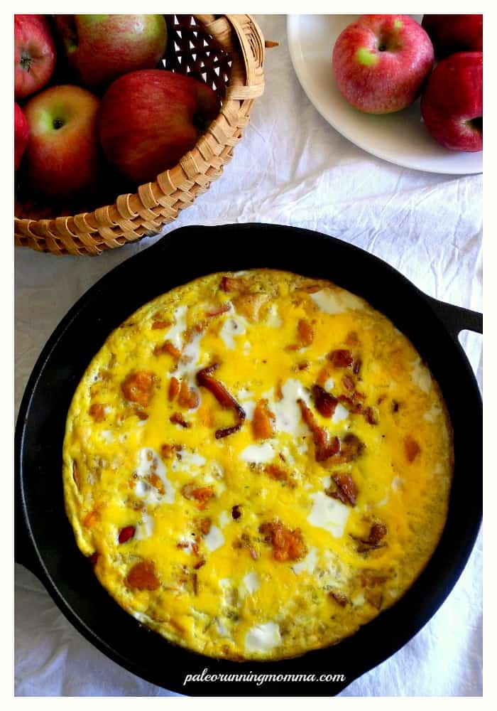 Winter Squash Frittata with Apples & Bacon #paleo #grainfree #whole30 #dairyfree