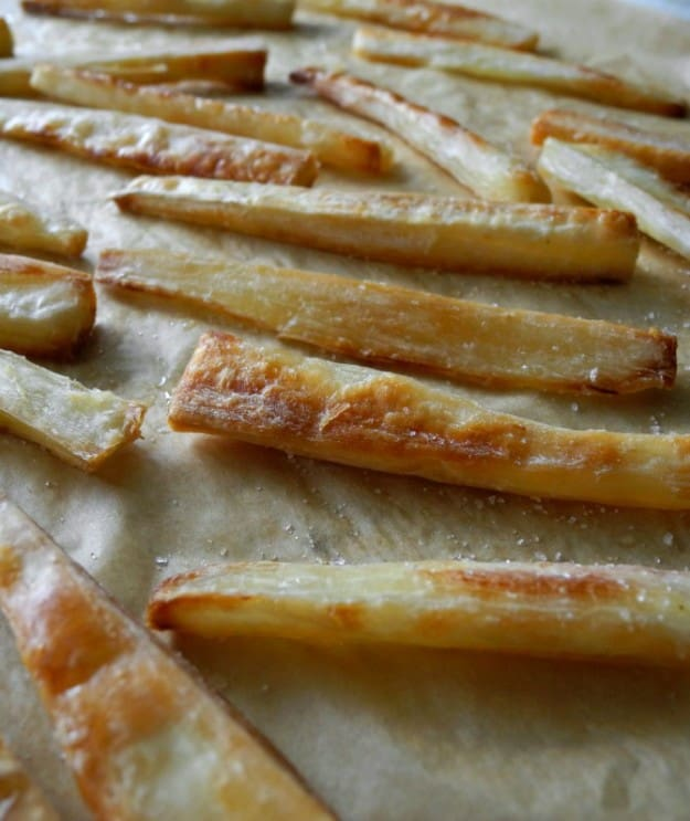 Crispy Baked Yuca Fries #paleo #whole30 #vegan
