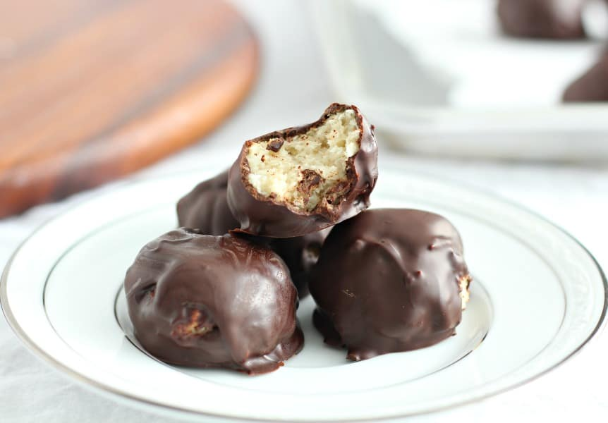 Chocolate dipped coconut macaroons 8