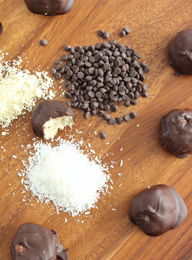 Chocolate dipped coconut macaroons 9