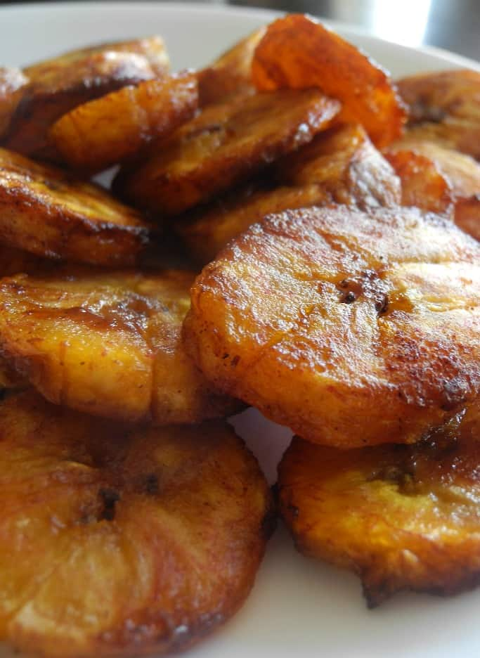 Caramel Cinnamon Baked Plantains {Paleo & Vegan}