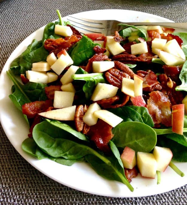 candied pecan salad with bacon and apple cider vinaigrette