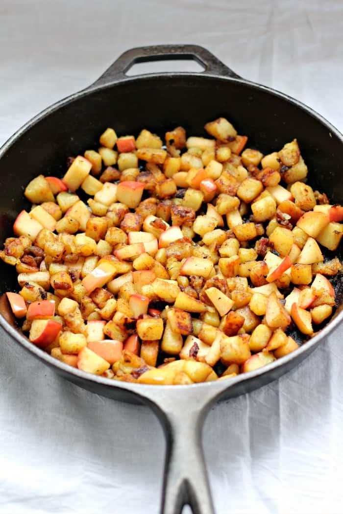 caramelized sweet potato apple hash 3