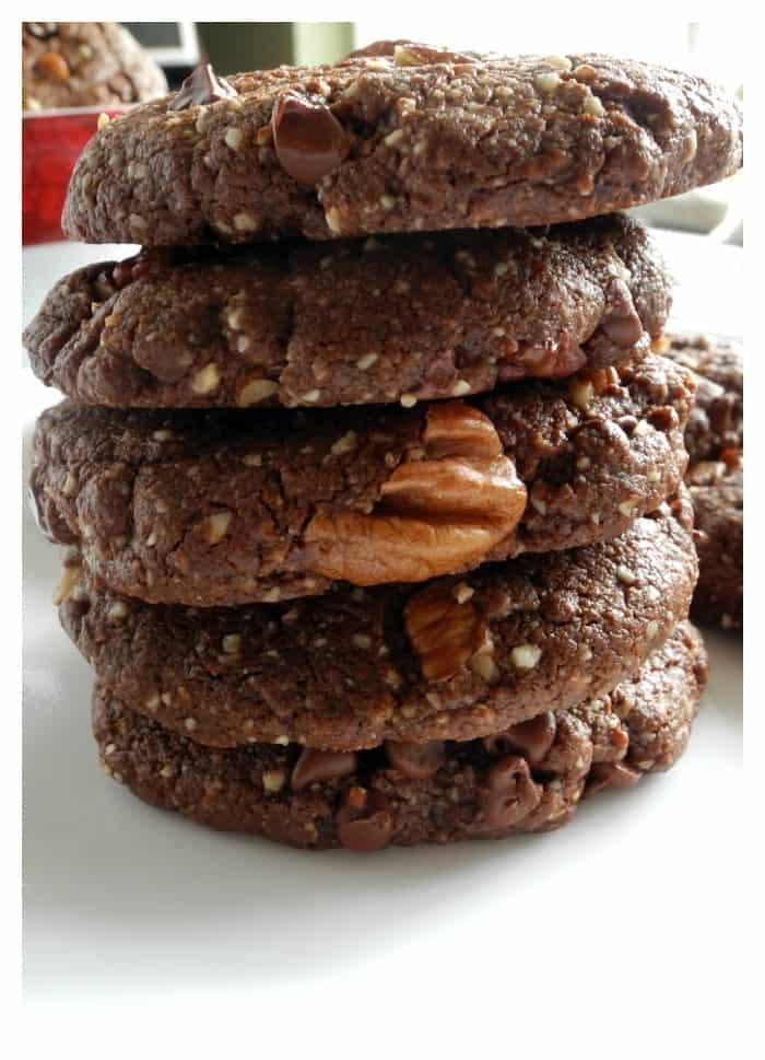Double Chocolate Chip Pecan Cookies @paleorunmomma