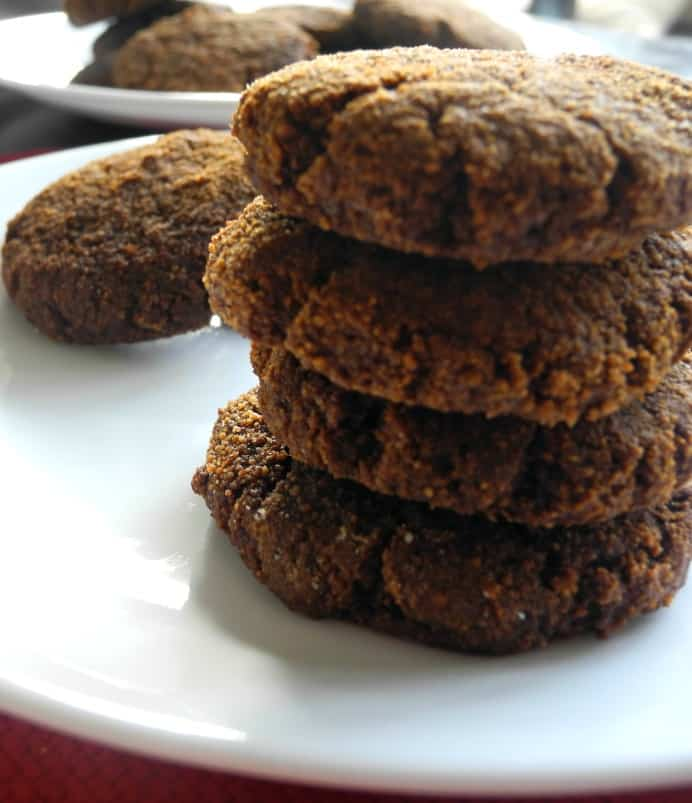 soft ginger molasses cookies @paleorunmomma