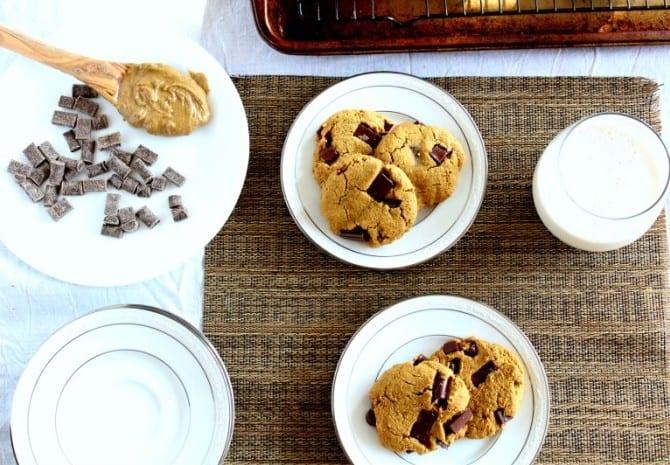 paleo chocolate chunk cookies with nut free option