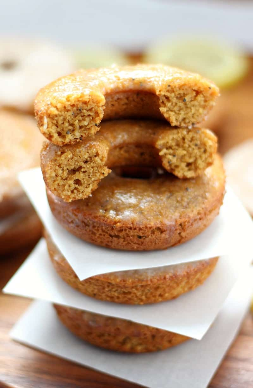 Paleo Lemon Poppy seed baked glazed donuts #grainfree #glutenfree