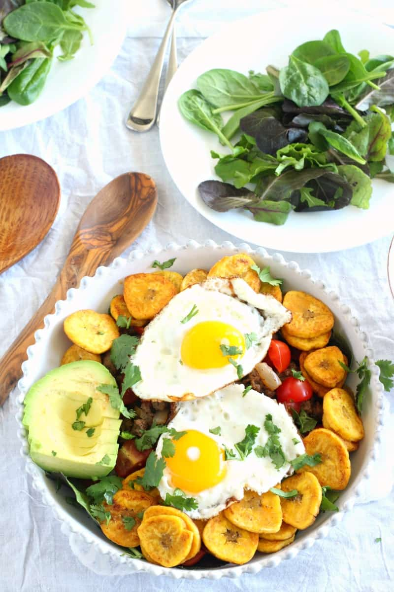 Breakfast taco salad - paleo and whole30 friendly