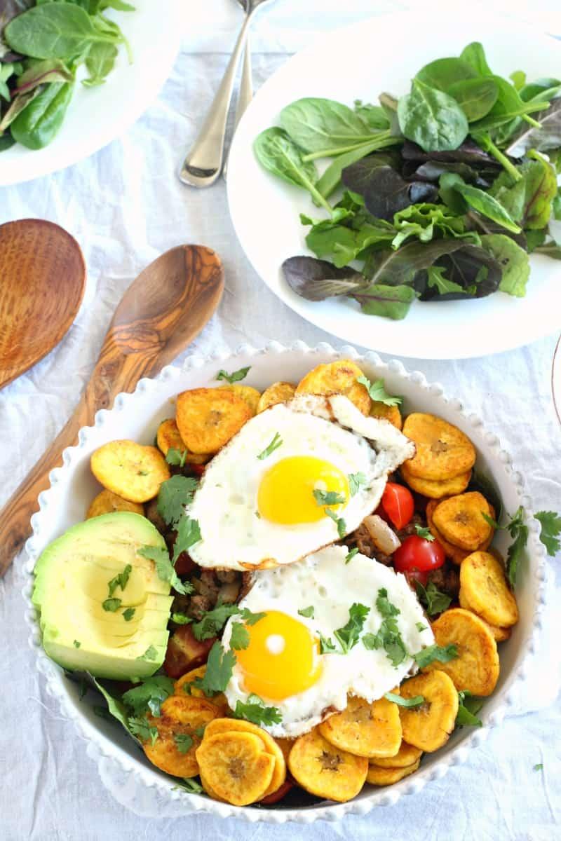 Breakfast taco salad - paleo and whole30 friendly
