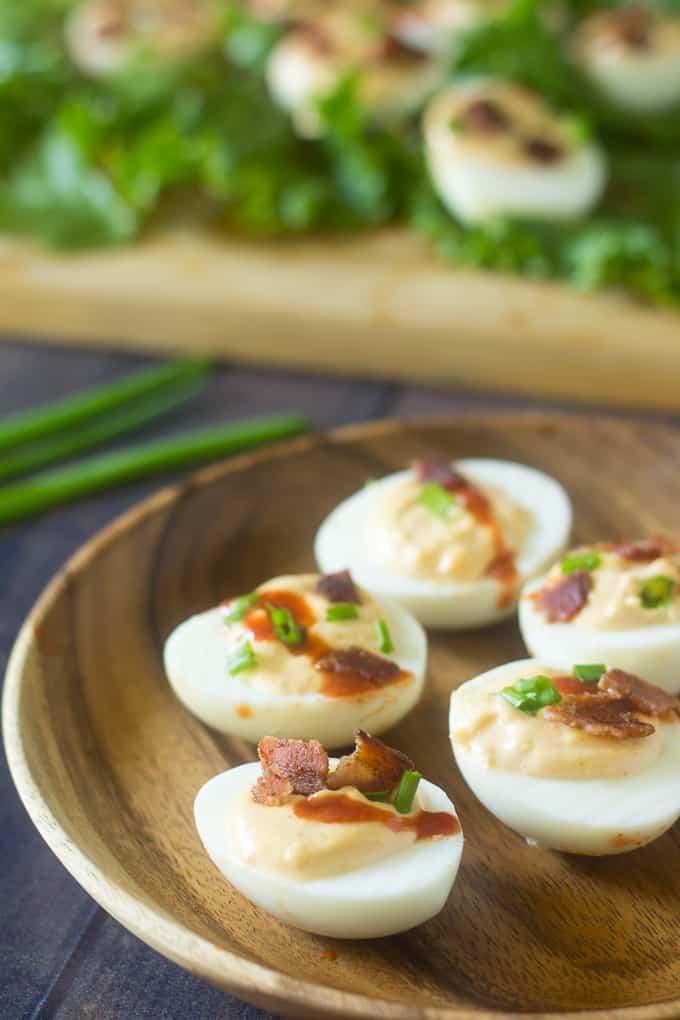 sriracha deviled eggs-6