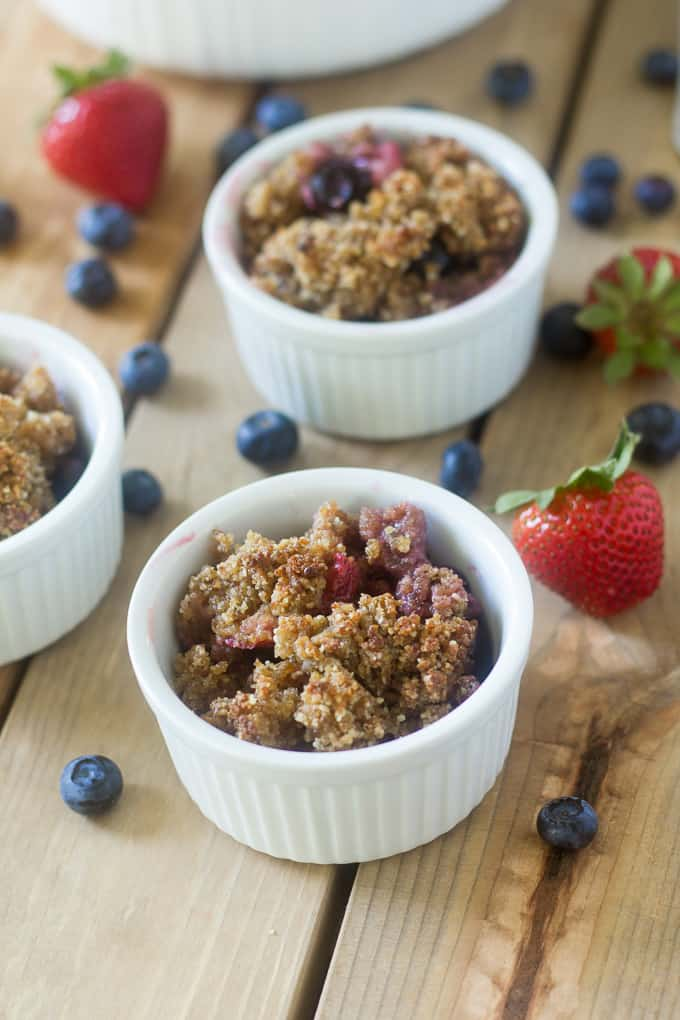 berry crumble breakfast-2