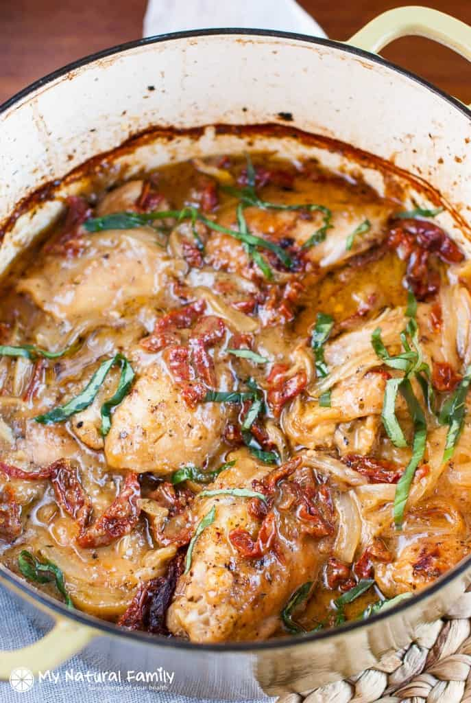 Clean-Eating-Creamy-Sundried-Tomato-Chicken-2-687x1024