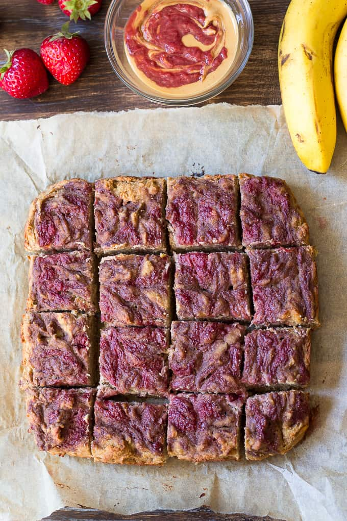 Strawberry banana bread breakfast bars-7