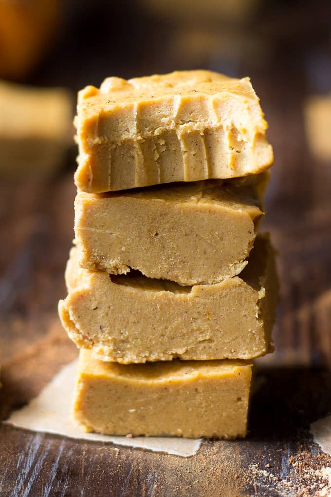 Pumpkin Spice Fudge {Paleo & Vegan}