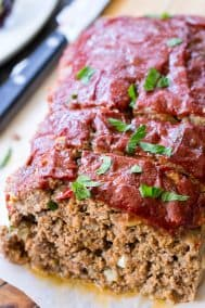 Whole30 Paleo Meatloaf {with Whole30 Ketchup!}