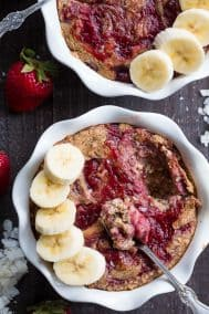 Almond Butter and Jelly N'Oatmeal Bake {Paleo, Vegan}